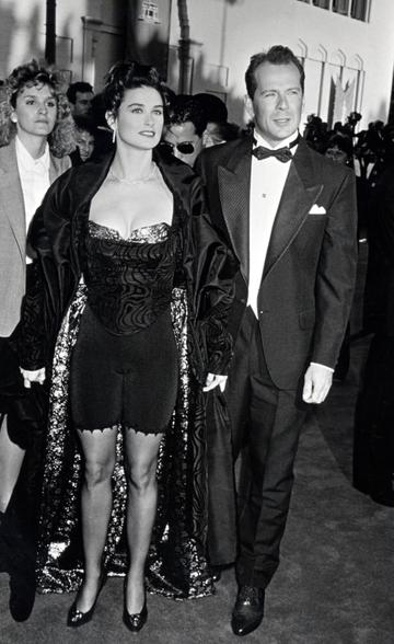 1989: Demi Moore and Bruce Willis during 61st Annual Academy Awards - Arrivals at Shrine Auditorium in Los Angeles, California, United States. (Photo by Ron Galella/Ron Galella Collection via Getty Images)