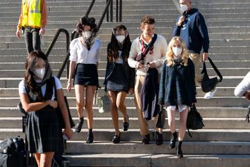 Zion Moreno, Savannah Lee Smith, Thomas Doherty and Emily Alyn Lind are seen filming for 'Gossip Girl' outside the Metropolitan Museum of Art in the Upper East Side on November 10, 2020 in New York City. (Photo by Gotham/GC Images)