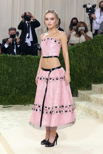 """NEW YORK, NEW YORK - SEPTEMBER 13: Lily-Rose Depp attends the 2021 Met Gala benefit """"In America: A Lexicon of Fashion"""" at Metropolitan Museum of Art on September 13, 2021 in New York City. (Photo by Taylor Hill/WireImage)"""
