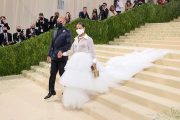 NEW YORK, NEW YORK - SEPTEMBER 13: Swizz Beatz and Alicia Keys attend The 2021 Met Gala Celebrating In America: A Lexicon Of Fashion at Metropolitan Museum of Art on September 13, 2021 in New York City. (Photo by Theo Wargo/Getty Images)