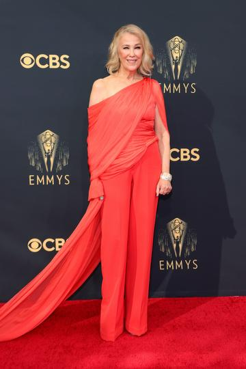 LOS ANGELES, CALIFORNIA - SEPTEMBER 19: Catherine O'Hara attends the 73rd Primetime Emmy Awards at L.A. LIVE on September 19, 2021 in Los Angeles, California. (Photo by Rich Fury/Getty Images)